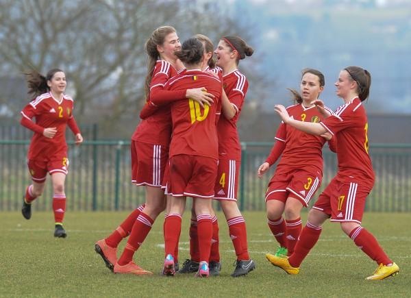 Belgian Red Flames Women Under 17 - Sportpix.be - Photo Dirk Vuylsteke