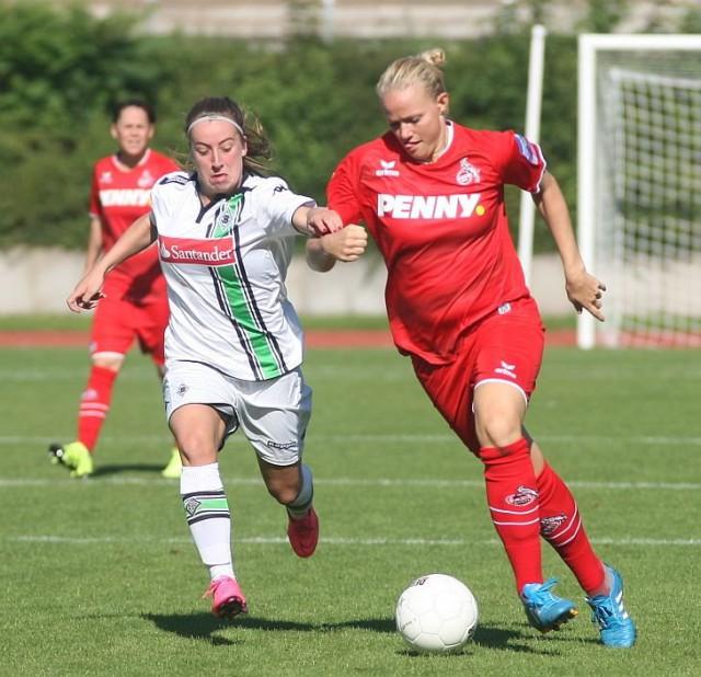 De Deense targetspits Lise Munk zette 1.FC Köln op weg naar de volgende ronde op bezoek bij Borussia Mönchengladbach! Foto - Paul Dijkmans