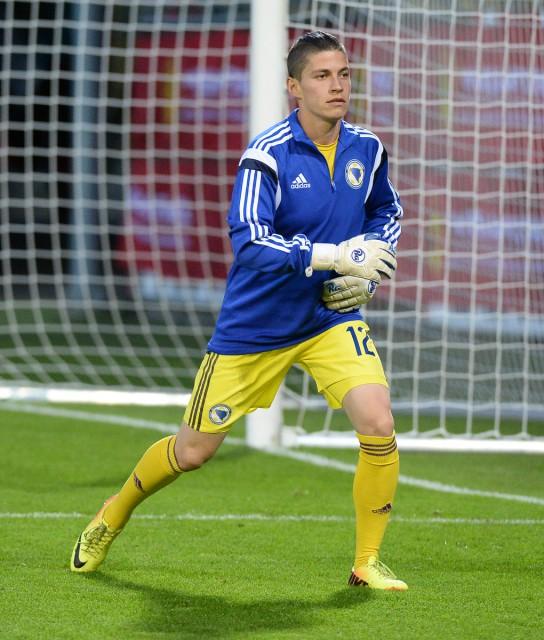 Almina Hodzic, in Leuven nog reservedoelvrouw, hield Engeland in Bristol meer dan een uur op 0-0. Foto - Dirk Vuylsteke