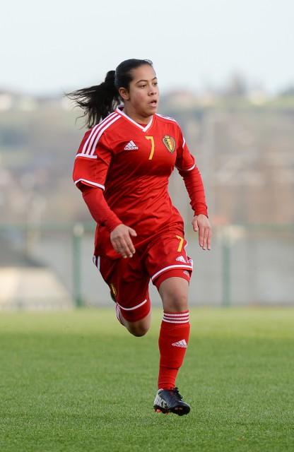 Morgane Aelen, hier eind november vorig met de Belgische U16 aan het werk, lukte haar eerste goal in eerste klasse voor de beloften van Standard! Foto - Dirk Vuylsteke