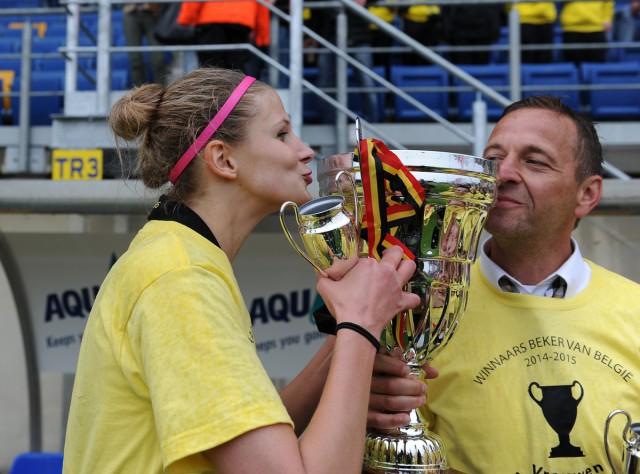 Justine Vanhaevermaet en coach Daniël Simmes kunnen hun bekertriomf van vorig seizoen met Lierse straks verlengen! Foto - David Catry