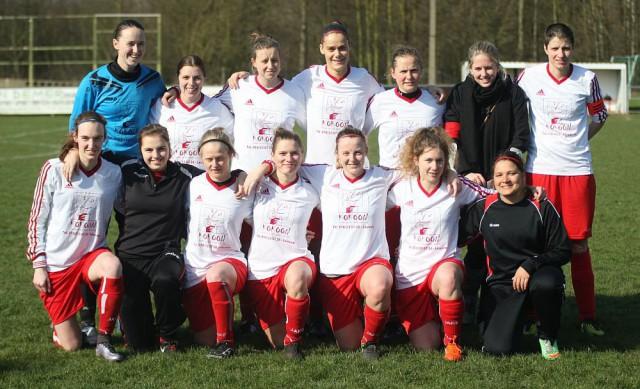 Rapide Wezemaal haalde flink uit bij Wolfsdonk Sport en ontvangt op de volgende speeldag leider Dames VK Egem! Foto - Paul Dijkmans