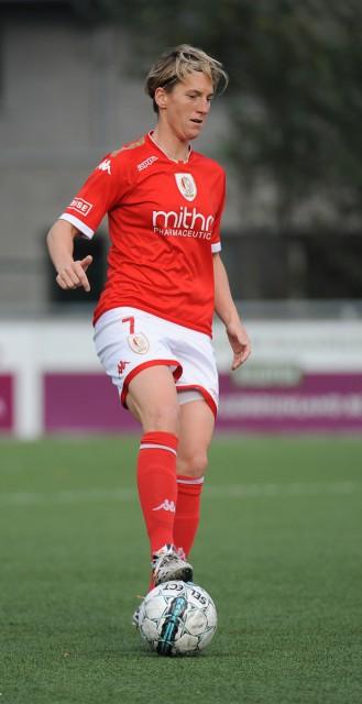 Aline Zeler lukte op OH Leuven eveneens een doelpunt waardoor ze na de reguliere competitie co-topschutter is met ploeggenote Sanne Schoenmakers en collega Red Flame Jana Coryn. Foto - Dirk Vuylsteke