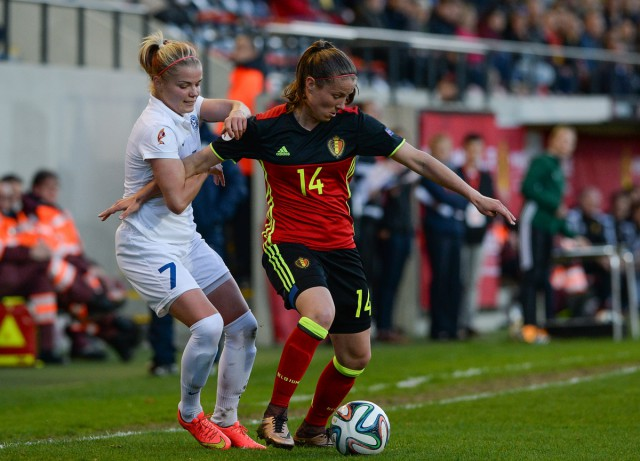 Lenie Onzia, hieri n duel met Katrin Loo van Estland, zorgde voor een assist en was mee betrokken in enkele mooie combinaties van de Belgian Red Flames! Foto - David Catry