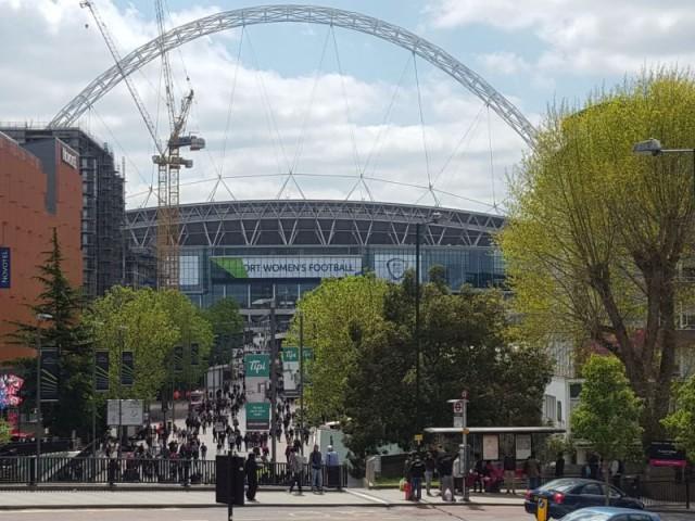 Wembley was voor het tweede jaar op rij het decor voor de FA Women's Cup Final! Foto - Paul Dijkmans