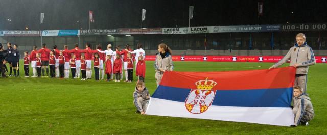 Servië tijdens het volkslied in Leuven! Foto - Sportpix.be/Dirk Vuylsteke