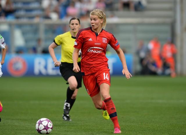 Ada Hegerberg, de spits van UWCL-winnaar Lyon, won de Gold Ball, de trofee voor de beste voetballer (man of vrouw) begin 2016 in Noorwegen! Foto - Sportpix.be/David Catry