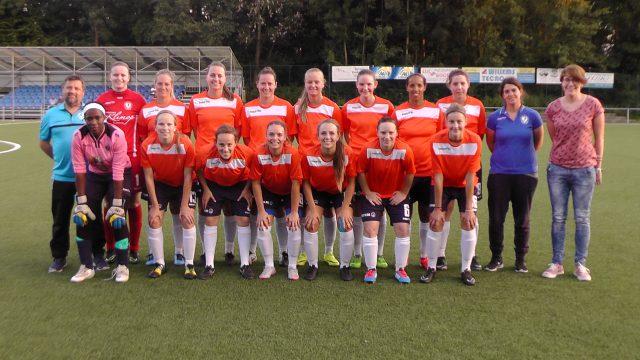 DVC Eva's Tienen op weg naar het nieuwe seizoen in de Super League 2016-17! Foto - Vrouwenteam.be / MaMPict