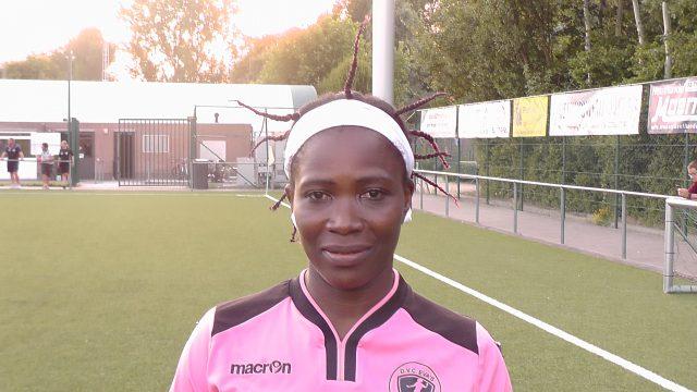 De Ghanese doelvrouw Halima Sadia is op test bij DVC Eva's Tienen! Foto - (c) Vrouwenteam.be / MaMPict