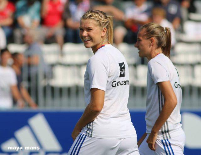 Ada Hegerberg begon op de bank maar lukte na haar invalbeurt 2 doelpunten! Foto - (c) Vrouwenteam.be / Maya Mans
