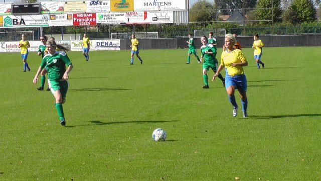 Wuustwezel in de aanval met Dorien De Backer! Foto - (c) Vrouwenteam.be / MaMPict