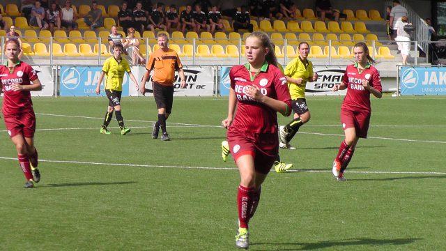 Amber Bert bracht SV Zulte Waregem tweemaal terug in de wedstrijd! Foto - Vrouwenteam.be / MaMPict