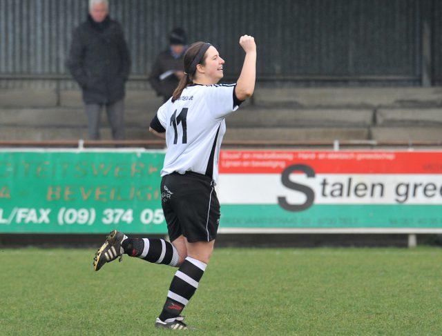 De twee doelpunten van Annelies Van Den Steen kwamen te laat voor VC Dames Eendracht Aalst! Foto - Sportpix.be / David Catry