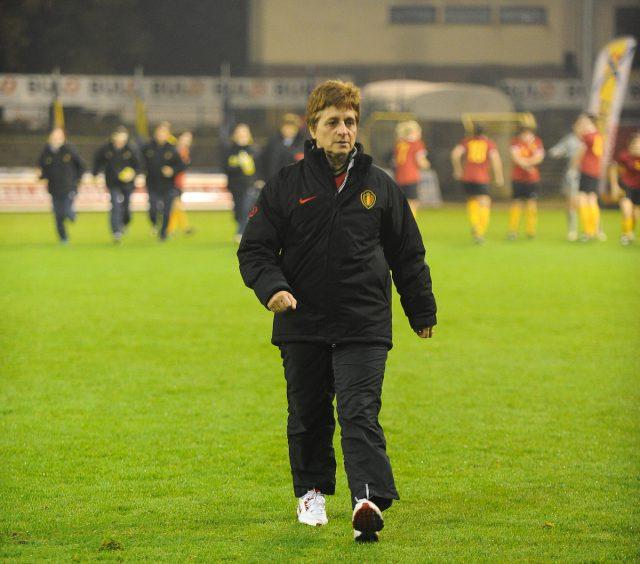 Bondscoach Anne Noë stond al in 2006 op een EK bij de U19 in Zwitserland! Foto - Sportpix.be/David Catry