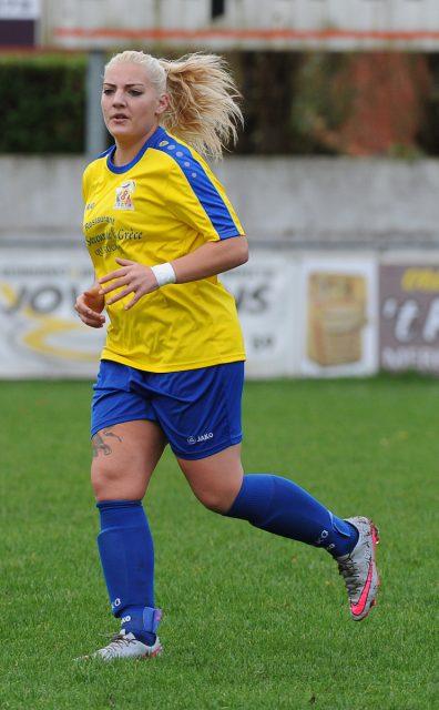 Marie Cambier scoorde voor Union Saint Ghislain Tertre-Hautrage tegen het beloftenteam van Standard. Foto - (c) Sportpix.be / Dirk Vuylsteke