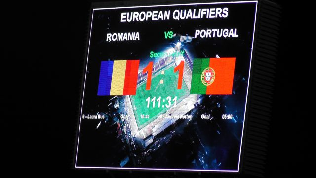 Het scorebord geeft de eindstand al aan! Roemenië - Portugal blijft 1-1 ook na 120 minuten! Foto - (c) Vrouwenteam.be / MaMPict