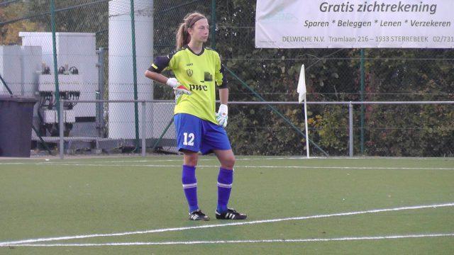 Na de blessure van Wanda Haeck werd Marieke Laenens doelvrouw! Foto - (c) Vrouwenteam.be / MaMPict
