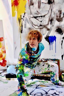 Imke Courtois onder de verf voor de kunst! Foto - (c) PSLB