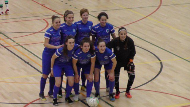 KRC Genk Ladies voor de aftrap van de finale tegen OH Leuven! Foto - (c) Vrouwenteam.be / MaMPict