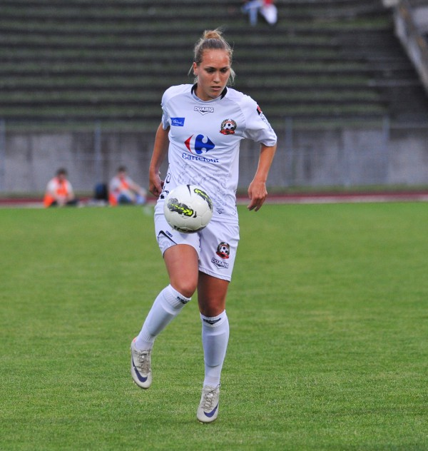 Janice Cayman aan de bal voor Juvisy in de Franse D1 Féminine - Photo - David Catry